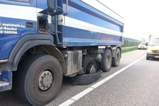 truckservice roosendaal